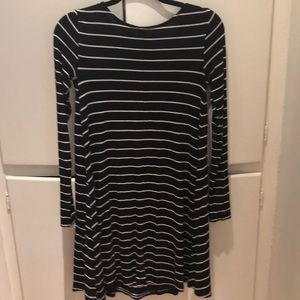 Old Navy Dresses - Striped Dress